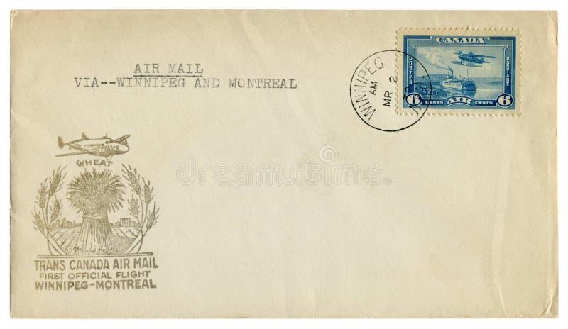 Winnipeg Montreal, Kanada - 2 mars 1939: kanadensiskt historiskt kuvert: räkning med representant f för flygpost för kapseltrans. arkivfoton