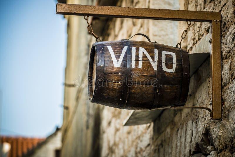 Wino baryłka zdjęcia royalty free