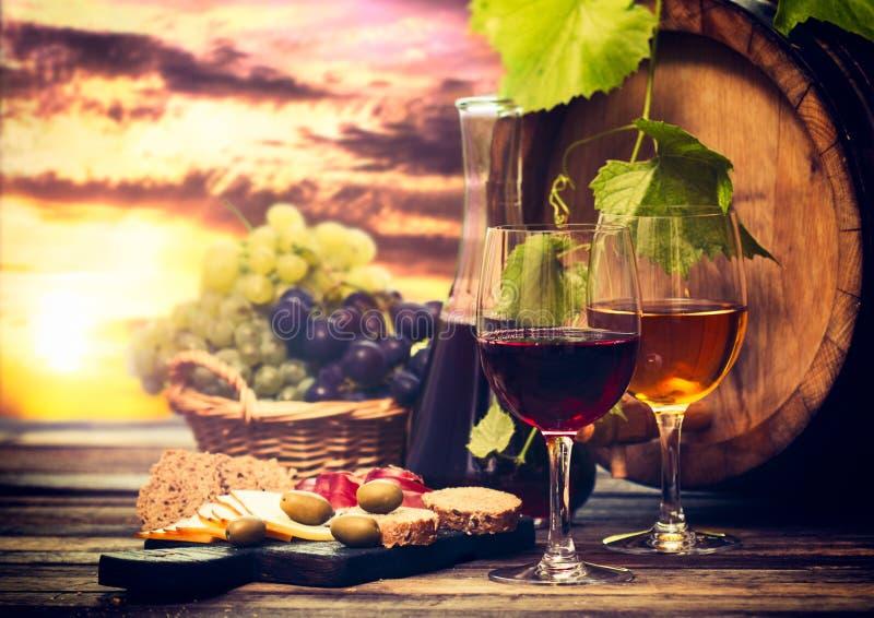 Wino i ser zdjęcie stock