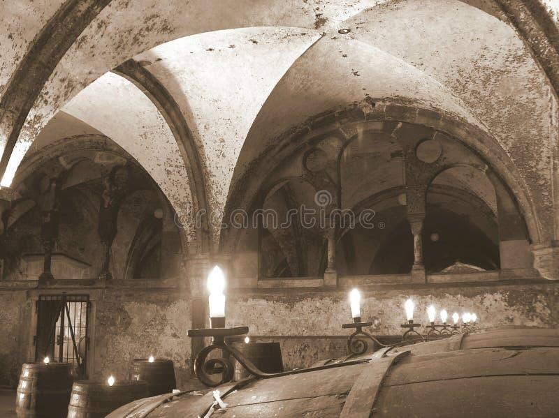 Wino loch iluminujący świeczkami obraz royalty free