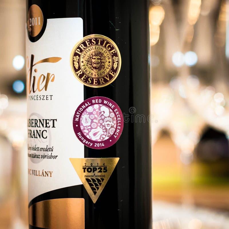 Wino nagradza Krajową czerwone wino ekscelencji prestiż rezerwę zdjęcia stock