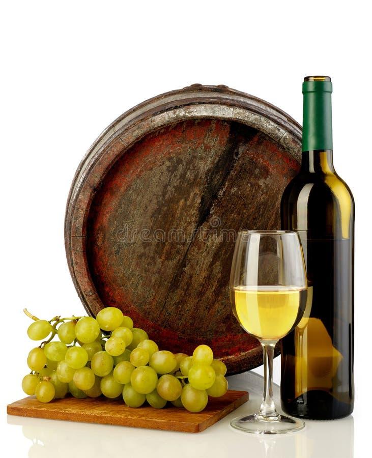 Wino, winogrona i baryłka, zdjęcie royalty free
