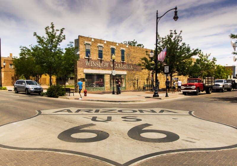 """Winslow AZ, remplaçant """"sur le parc faisant le coin photo libre de droits"""