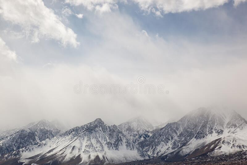 Winter, östliche Sierra Nevada stockbilder