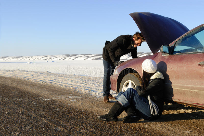 Download Winter Car Breakdown Royalty Free Stock Images - Image: 17766619