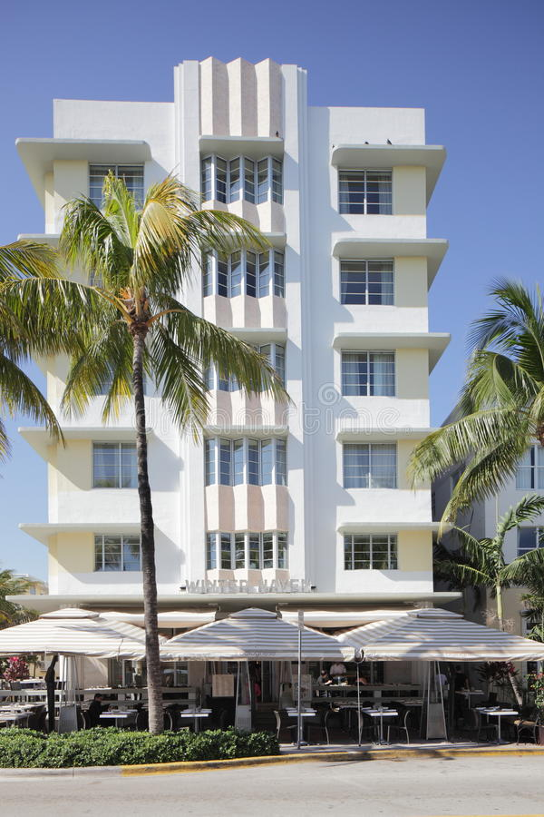 The Winter Haven Ocean Drive. MIAMI - JANUARY 12: The Winter Haven located at 1400 Ocean Drive Designed by Albert Anis and first unveiled on Ocean Drive in 1939 royalty free stock image