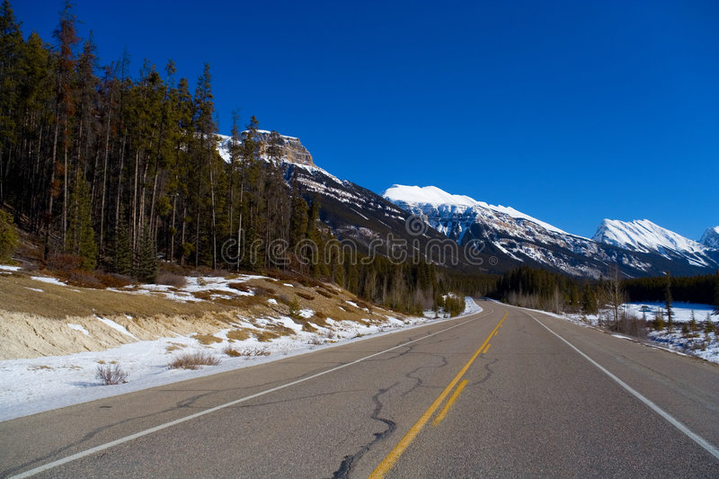Download Winter Highway Royalty Free Stock Images - Image: 505759