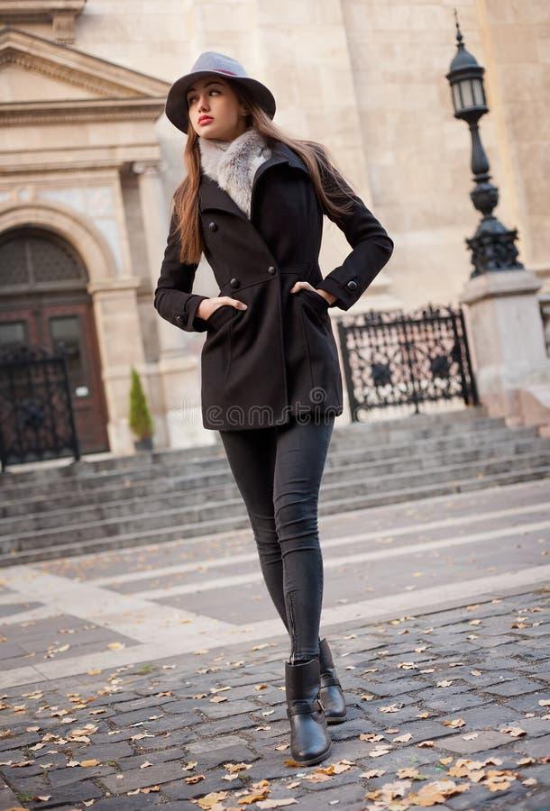 Winter-Mode-Schönheit stockbild