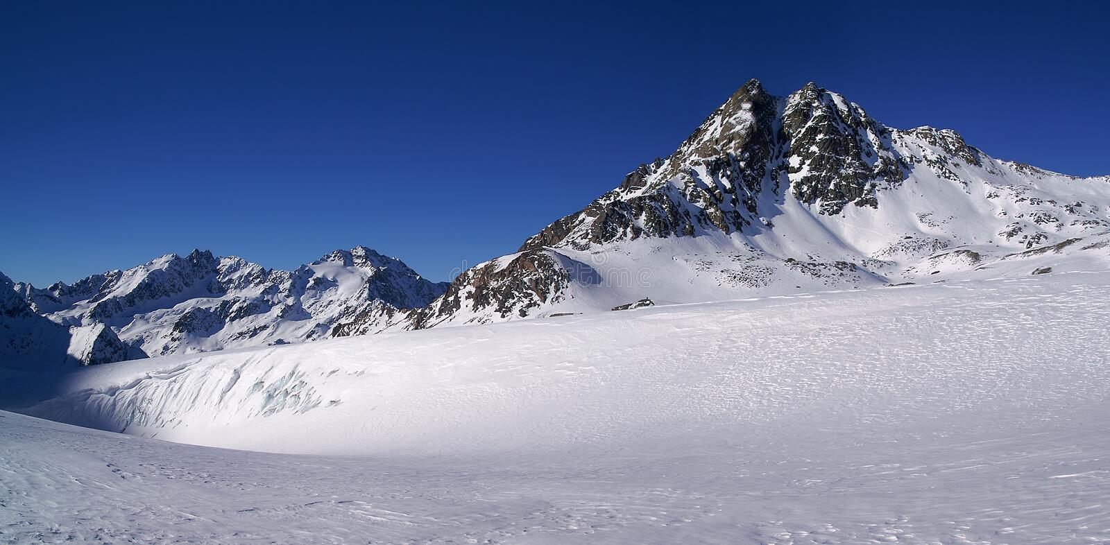 Download Winter mountain panorama stock photo. Image of peak, freeze - 4001070