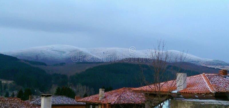 Winter in n der Berg stockbilder