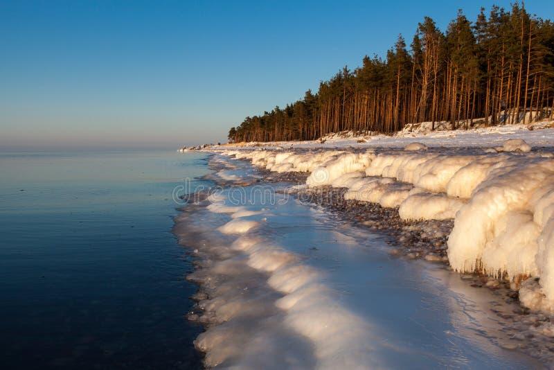 Winter Ostsee lizenzfreie stockfotos