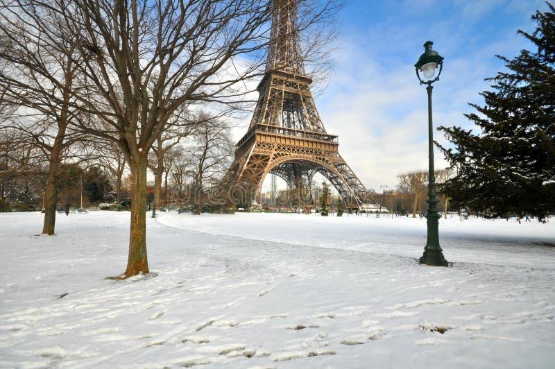 Winter in Paris lizenzfreies stockbild