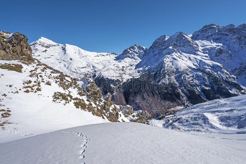Winter picture of Cirque de Gavarnie seen from Pahule Pic. In Pyrenees Mountains, Cascade pics are at right background, Hautes-Pyrenees, France stock photo
