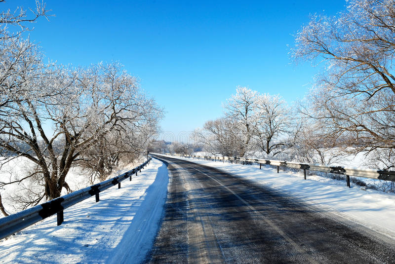 Download Winter Road Stock Image - Image: 28646001