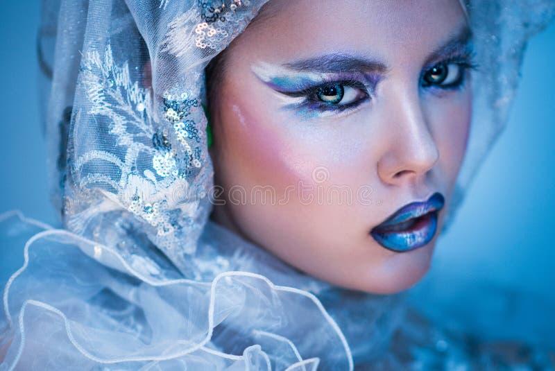 Winter-Schönheits-Frau Weihnachtsmädchen-Make-up stockfotos