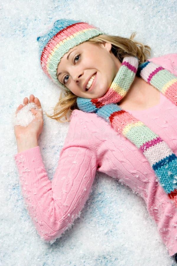 Winter-Schnee-Frau lizenzfreie stockbilder