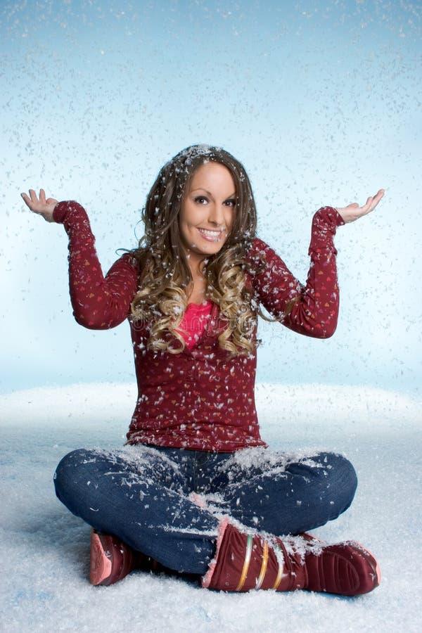 Winter-Schnee-Mädchen lizenzfreie stockfotos
