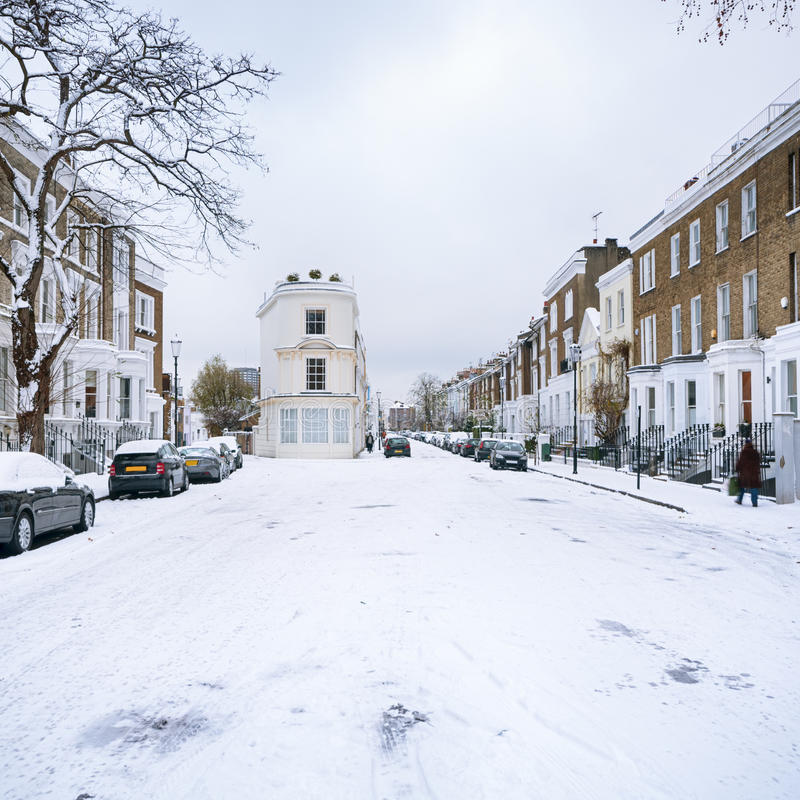 Winter-Straße, London - England lizenzfreie stockbilder