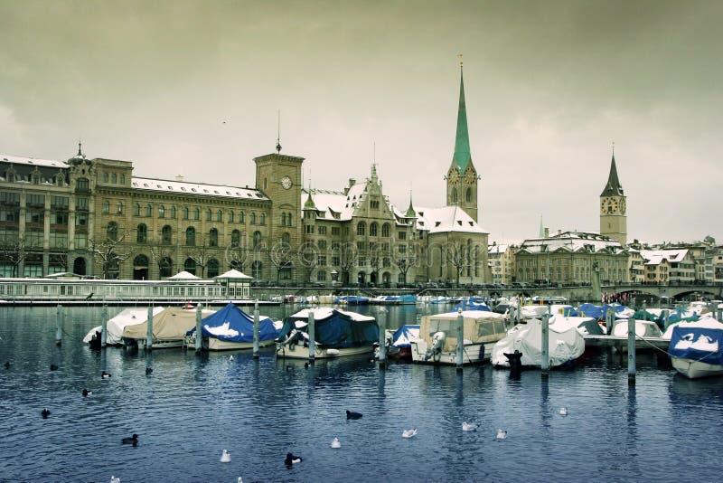 Winter in Zürich lizenzfreie stockfotos
