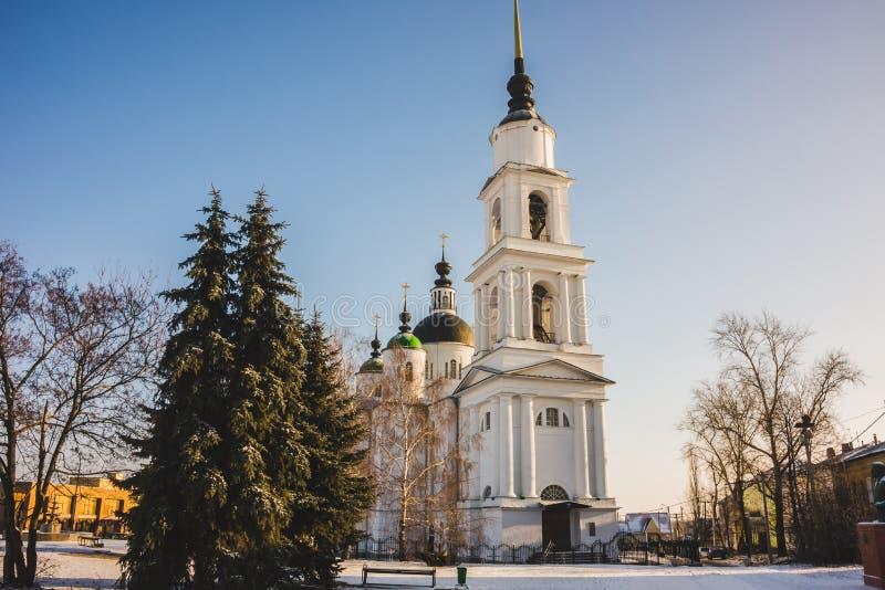 Winterabend in der Dreiheit Lavra von St. Sergius, Russland stockfotografie
