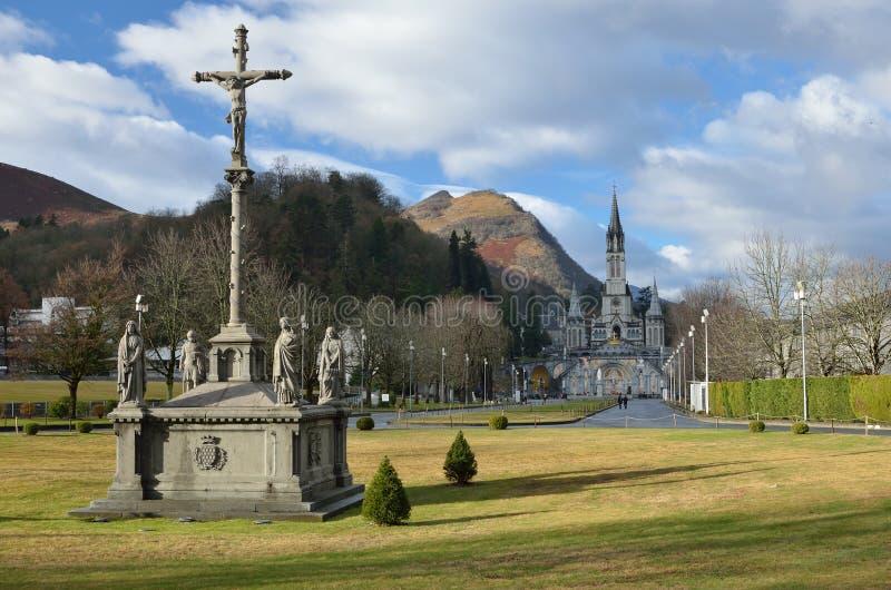 Winteransicht von Lourdes lizenzfreie stockfotos