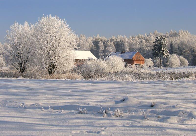 Winterbauernhof stockbilder