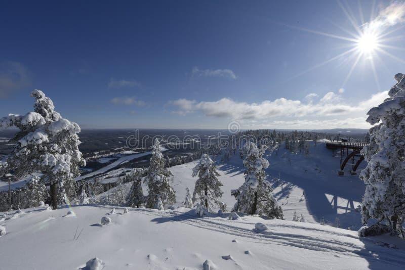 Winterday nevado na Suécia de Branäs imagens de stock