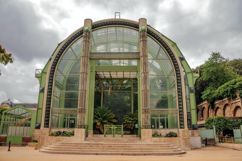Wintergardenfasad, ett Deco växthus för icke-inföding växter i trädgården av växter i Paris royaltyfri foto