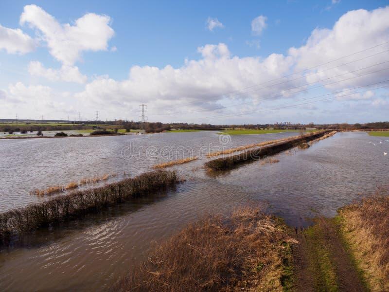 Winterhochwasser nahe Melbourne Derbyshire lizenzfreies stockbild