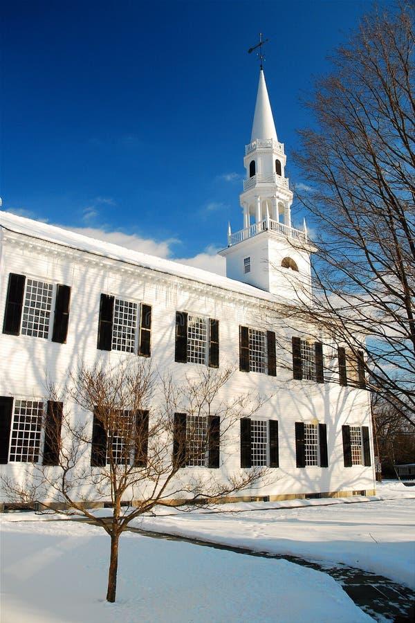 Winterkirche stockfotografie