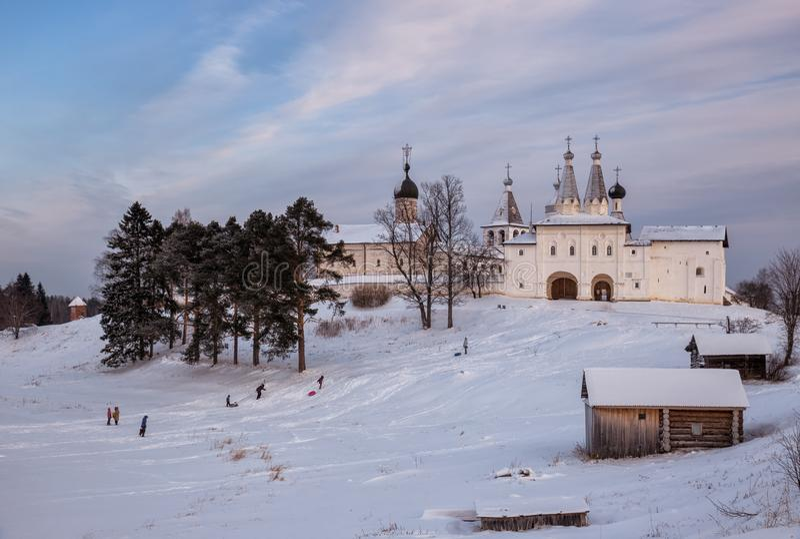 Winterlandschaft, Ferapontov-Kloster lizenzfreies stockbild