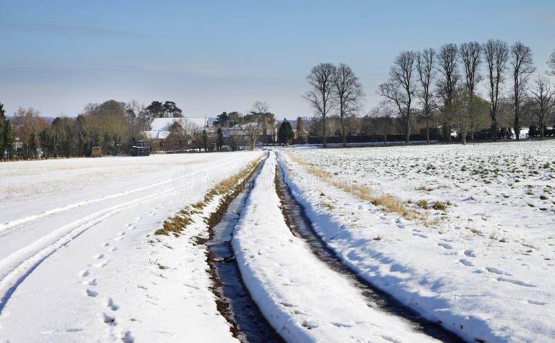 Winterlandschaft in ländlichem England lizenzfreie stockbilder