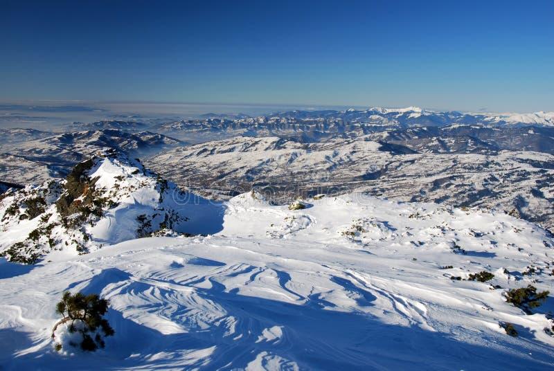 Winterlandschaft in Maramures stockbilder
