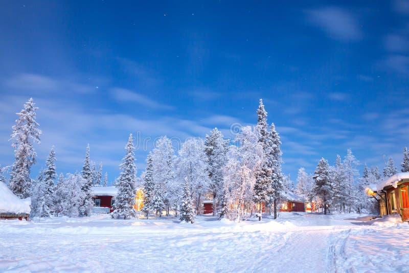 Winterlandschaft Schweden Lappland lizenzfreie stockbilder