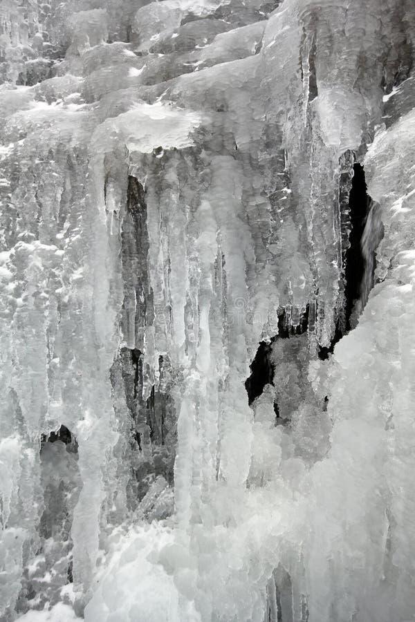 Download Winterliches Eis stockbild. Bild von outdoor, leuchtfeuer - 27729207