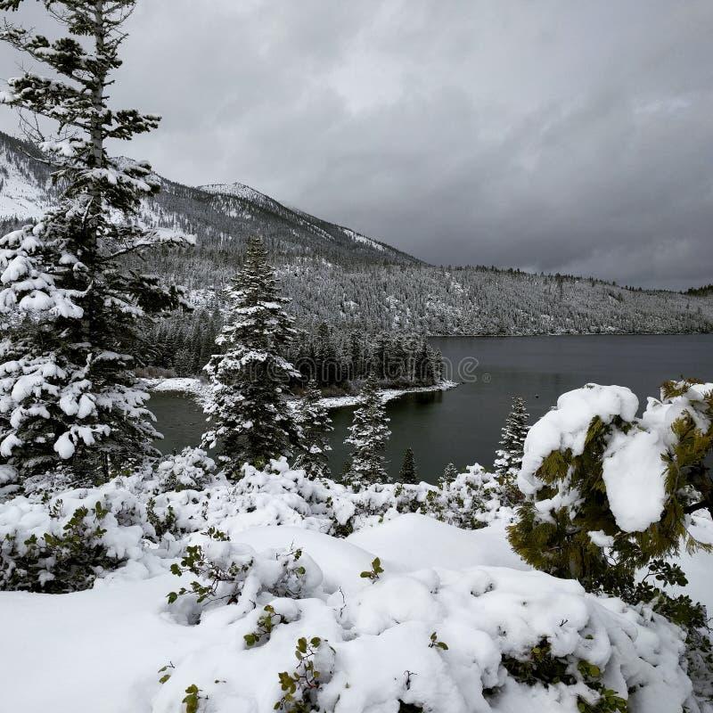 Wintermärchenland lizenzfreie stockfotografie