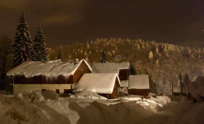 Wintermitternacht lizenzfreie stockfotografie