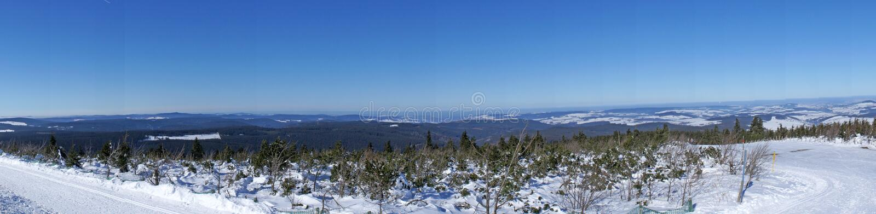 Winterpanorama der Erzgebirge lizenzfreie stockfotografie
