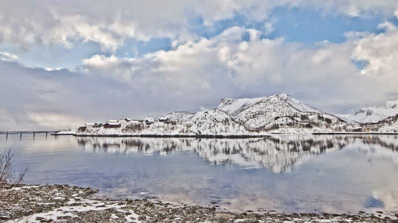 Winterscape i Lofoten royaltyfri bild