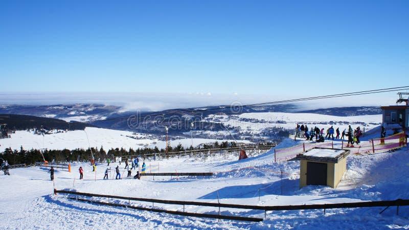 Wintersportgebiet im Erzgebirge lizenzfreies stockfoto