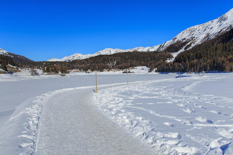 Wintertijd vew in Davos, Zwitserland royalty-vrije stock foto
