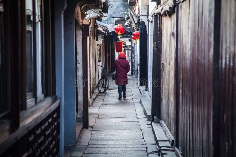 Winterweg hat chinesische Eigenschaften lizenzfreies stockfoto