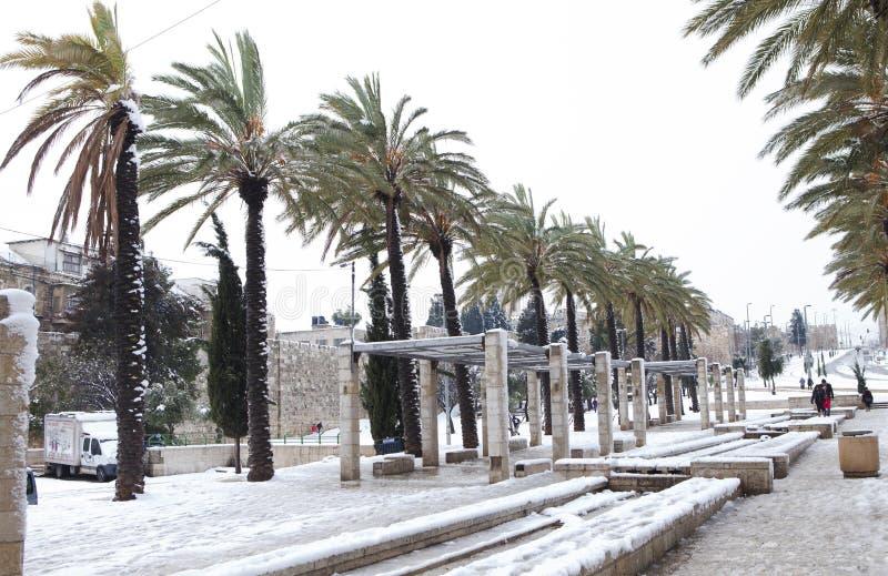 Winterzeit Snowy Jerusalem lizenzfreie stockfotos
