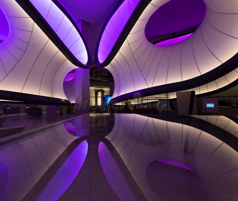 Winton在科技馆的数学画廊,伦敦,英国,设计由萨哈・哈帝 数学模型启发的设施 图库摄影
