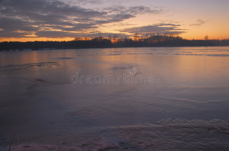 wintry morgon arkivbilder
