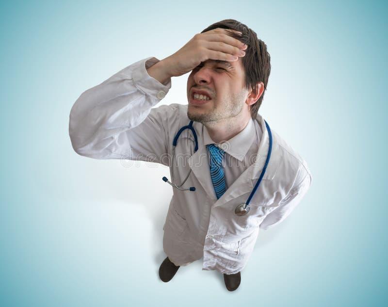 Winy stresująca się i rozczarowywająca lekarka najlepszy widok obrazy stock