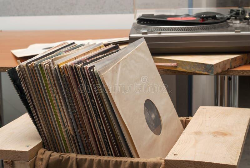 Winylowy rejestr z kopii przestrzenią przed album atrapy inkasowymi tytułami, rocznika proces obraz royalty free