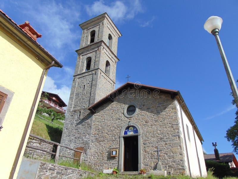 Wioska Melo, zarząd miasta Cutigliano, prowincja Pistoia, Tuscany, Włochy G?rska wioska zdjęcie royalty free