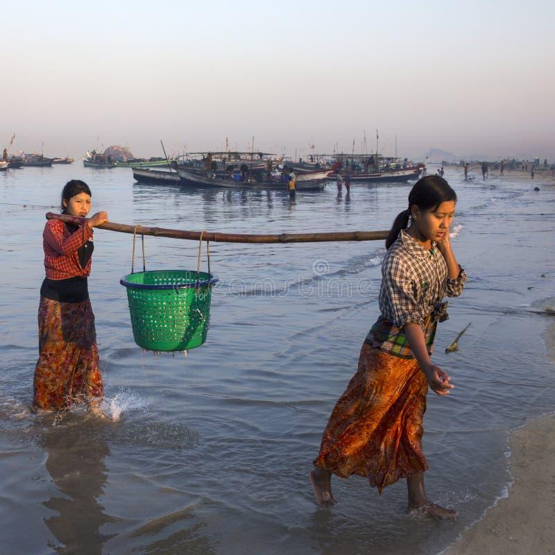 Wioska Rybacka - Ngapali plaża - Myanmar obrazy royalty free