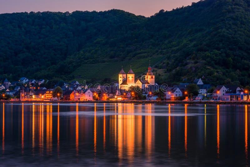 Wioska Treis-Karden Niemcy przy zmierzchem obrazy stock